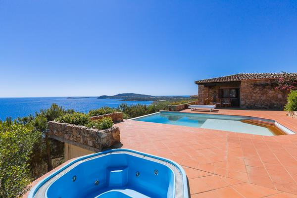 Luxury homes Villa Punta Molara