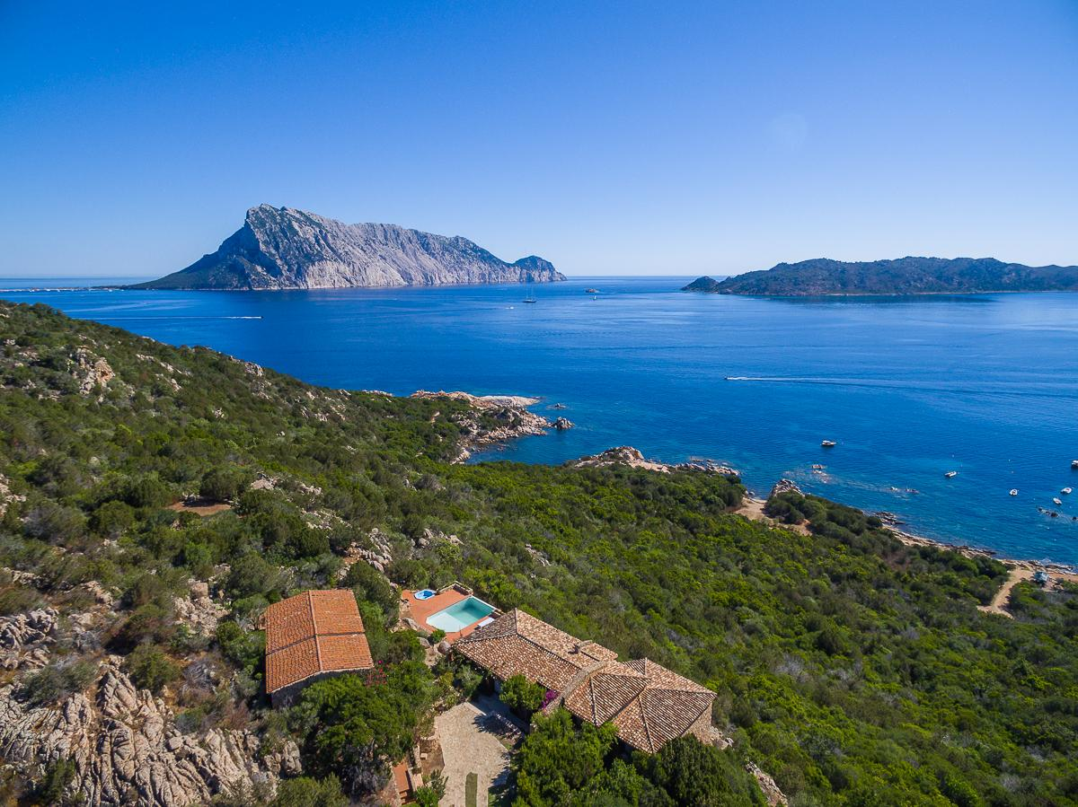 Luxury properties Villa Punta Molara