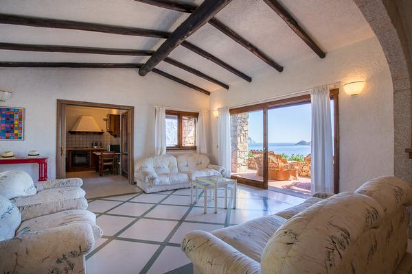 Luxury real estate Villa Punta Molara