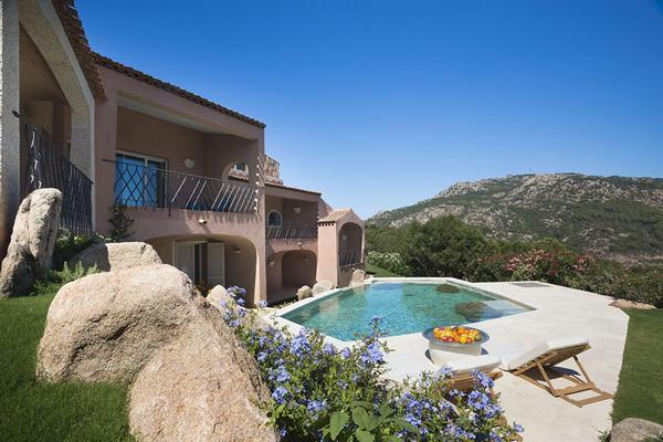 Luxury real estate Villa Acquamarina