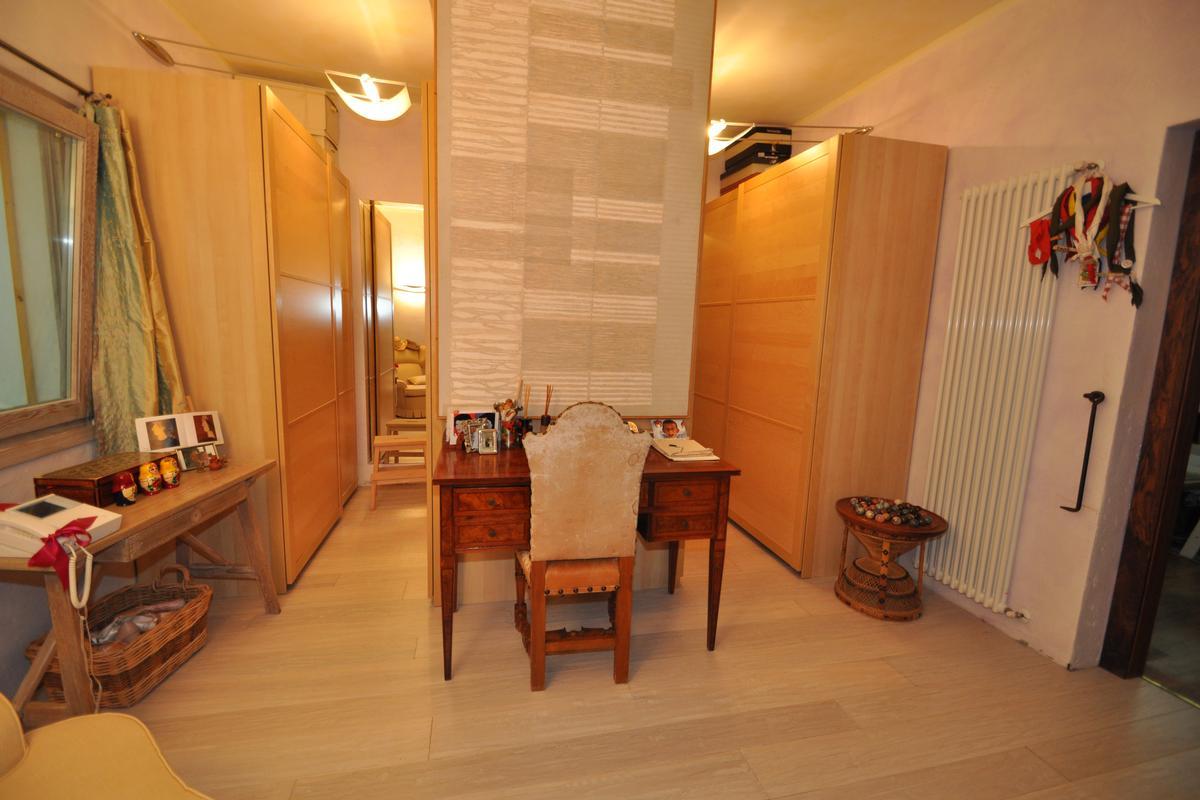 Luxury real estate Cugnana Estate