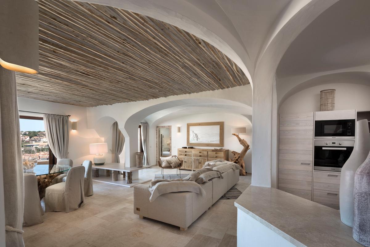 Luxury homes Luxury Apartment on the Marina