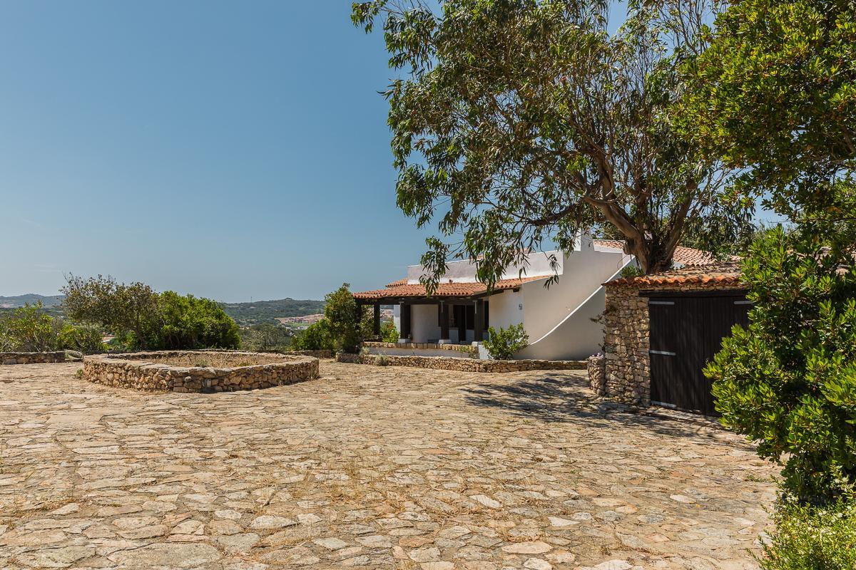 Villa Roccia Segreta luxury properties