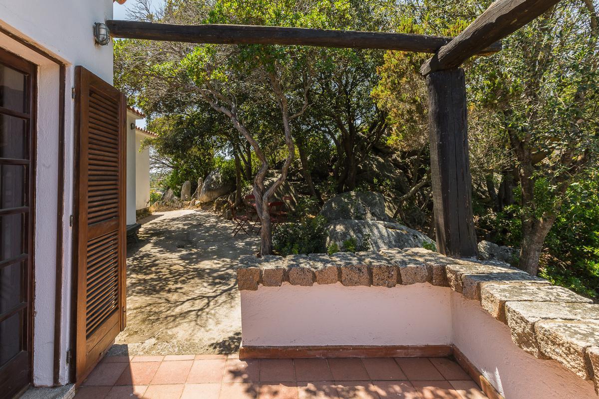 Villa Roccia Segreta luxury real estate