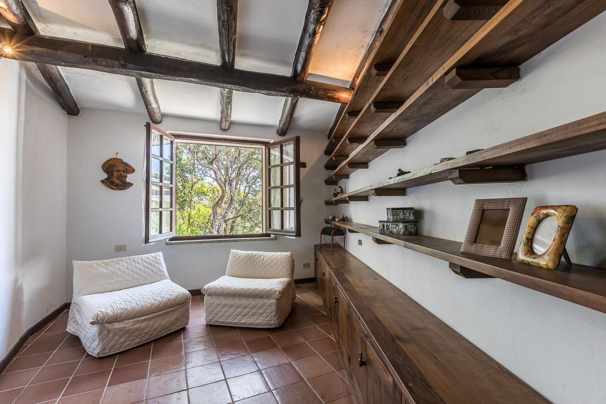 Luxury homes in Villa Roccia Segreta