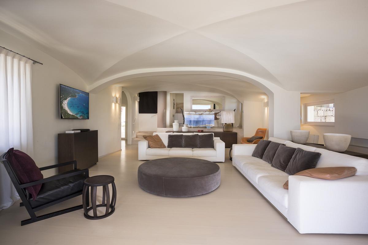Luxury properties Villa Randa