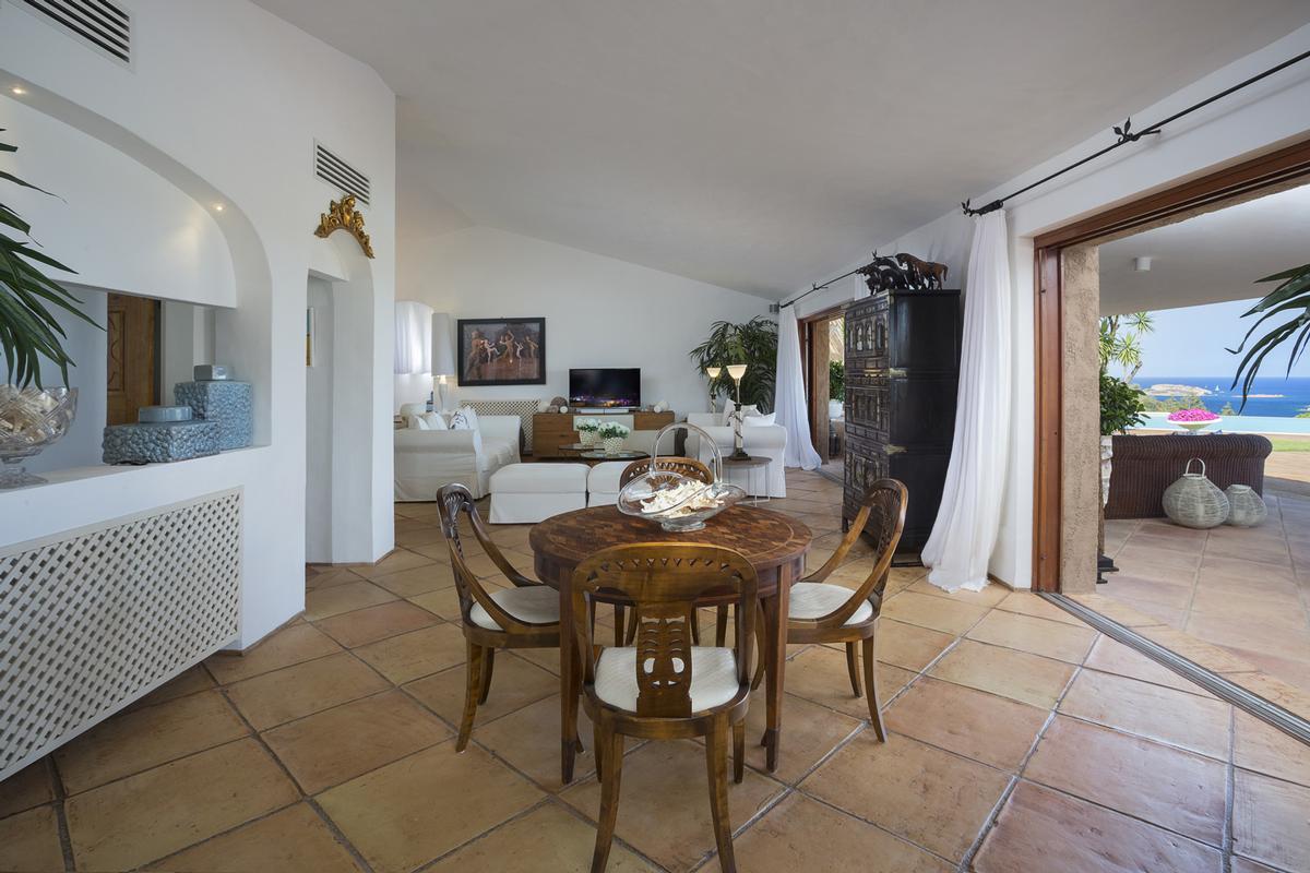 Luxury properties Villa Nibani