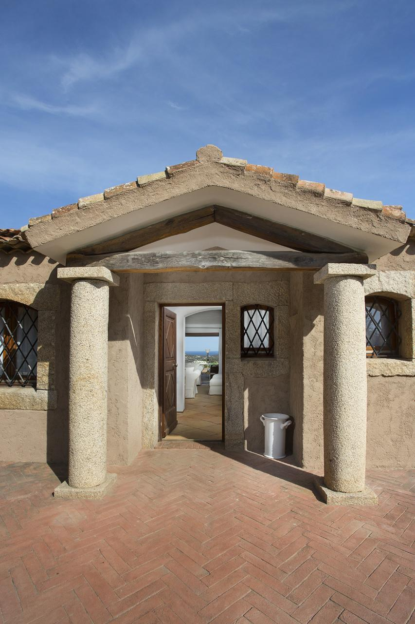 Luxury homes in Villa Nibani