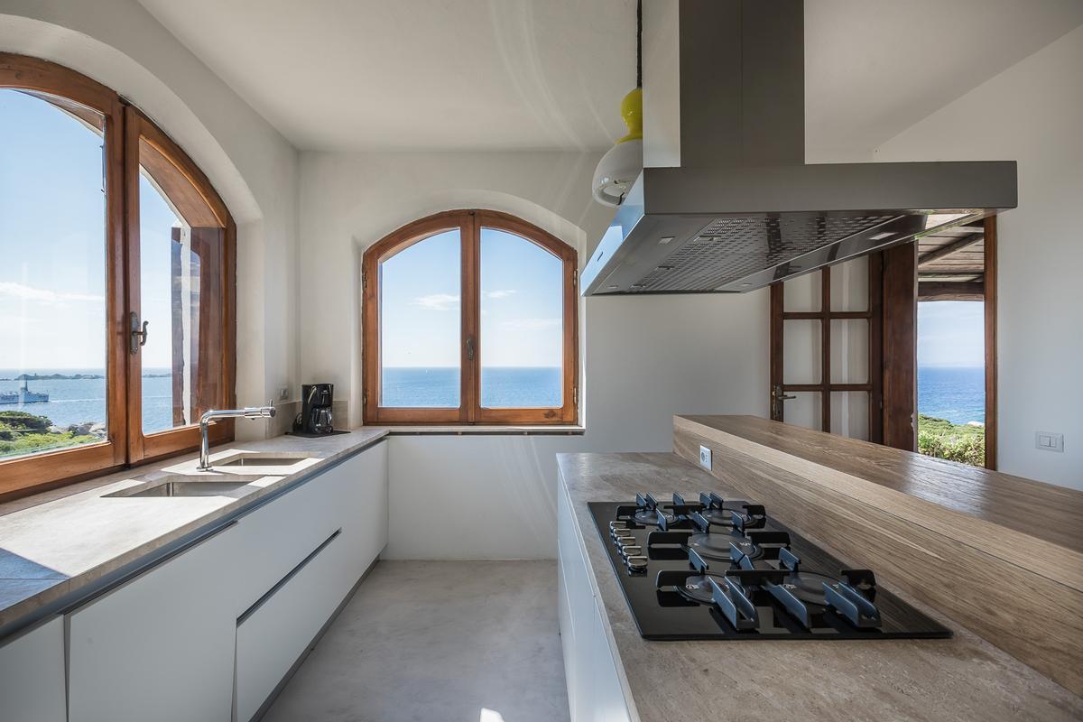 Luxury homes Villa Karma