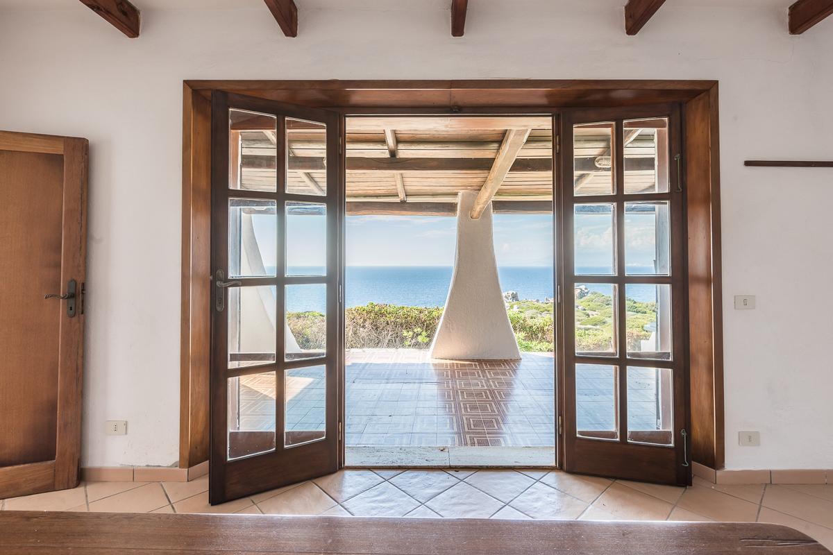 Villa Karma luxury real estate