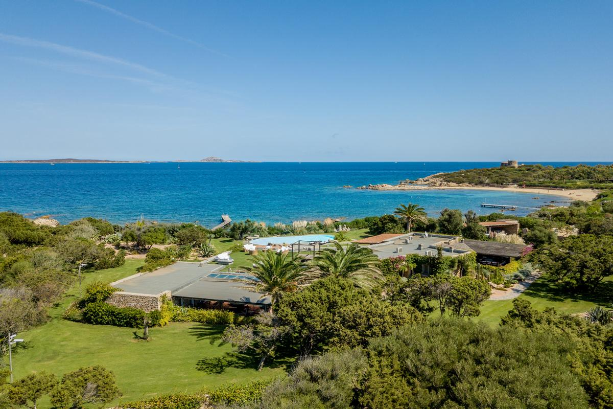 WATERFRONT VILLA GUTTUSO in Porto rotondo luxury homes