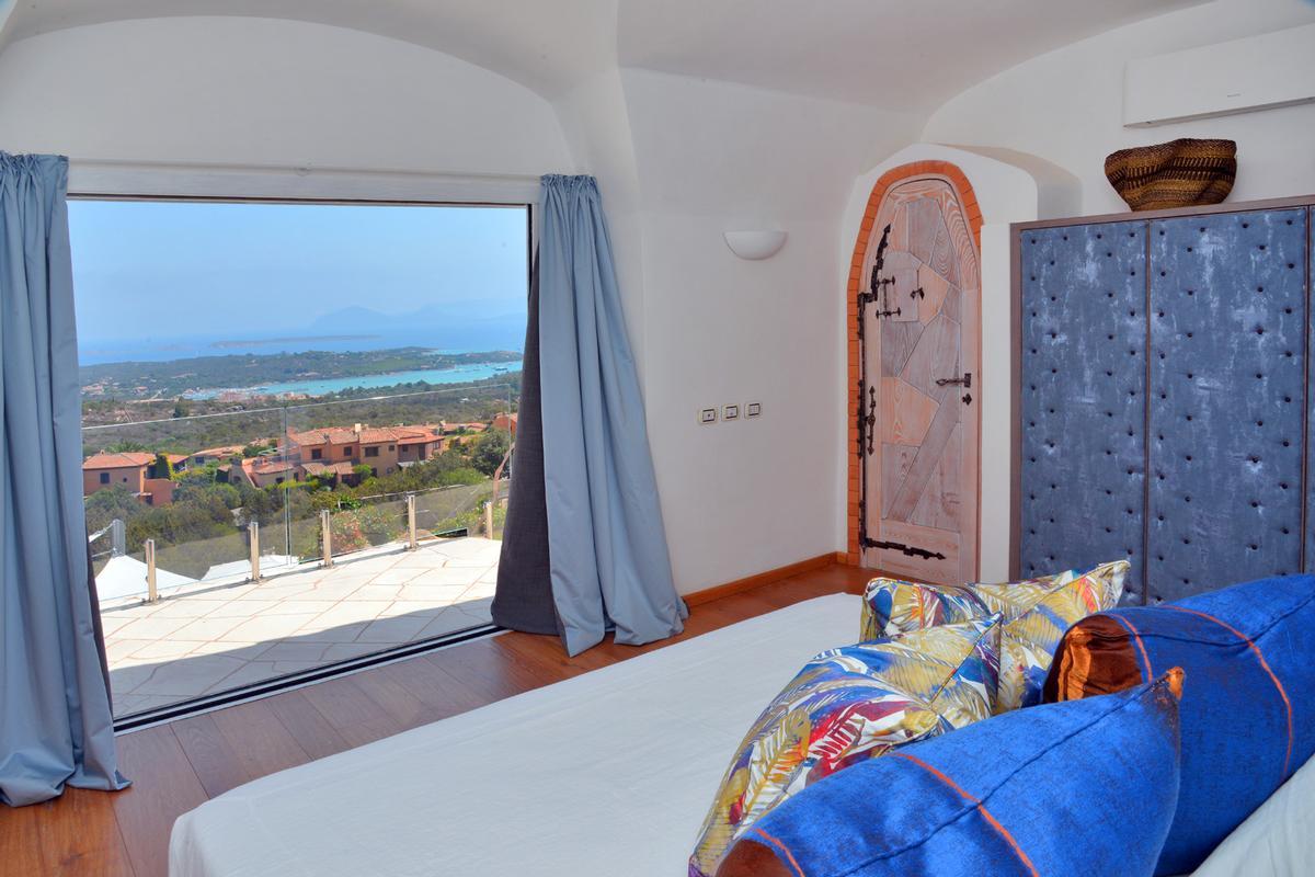 Villa Favola luxury properties