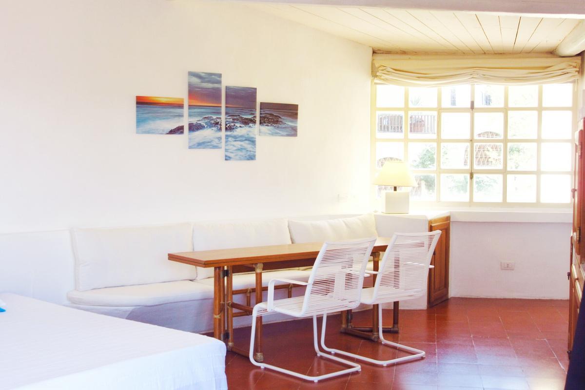 Mansions in Il Boschetto Apartment