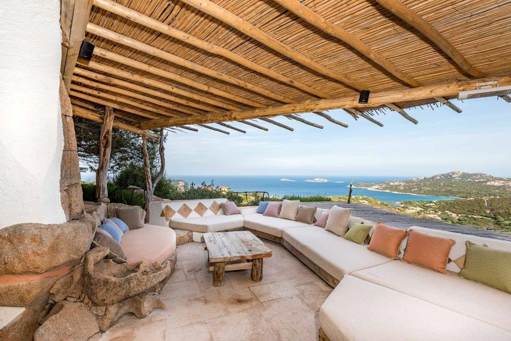 Luxury homes in Ville Le Grotte