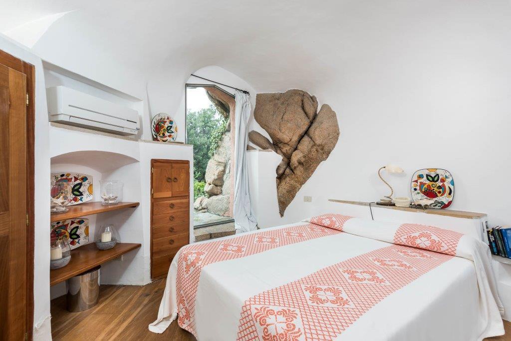 Luxury homes Ville Le Grotte