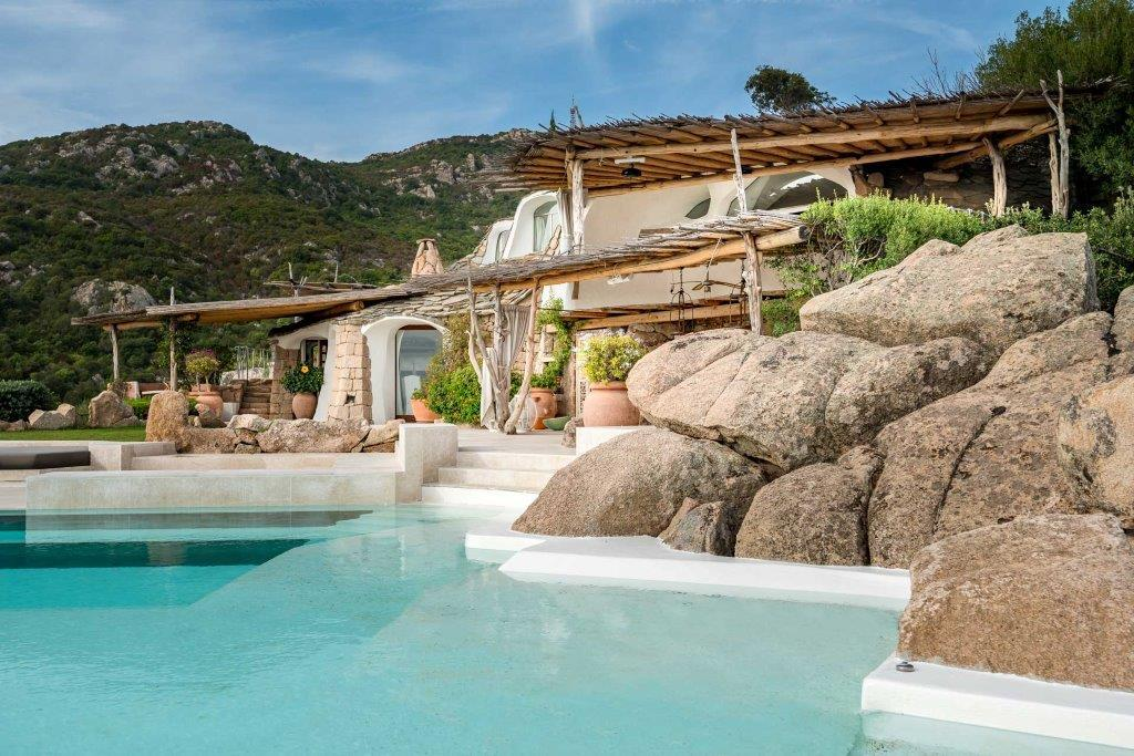 Luxury real estate Ville Le Grotte