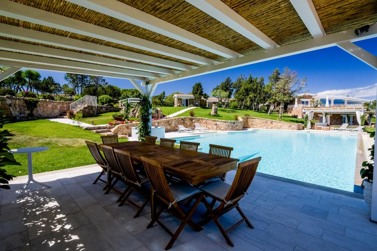 Luxury real estate Magnificent Panorama Estate