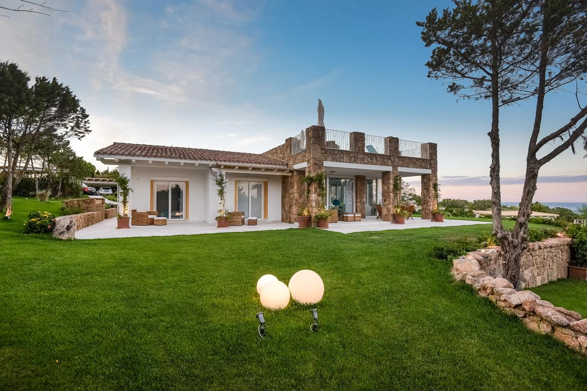 Luxury homes Magnificent Panorama Estate