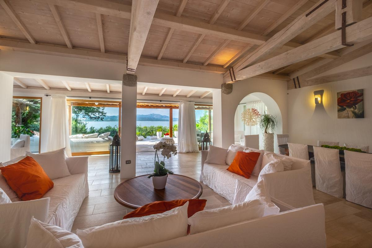 Villa Ira for Rent luxury homes