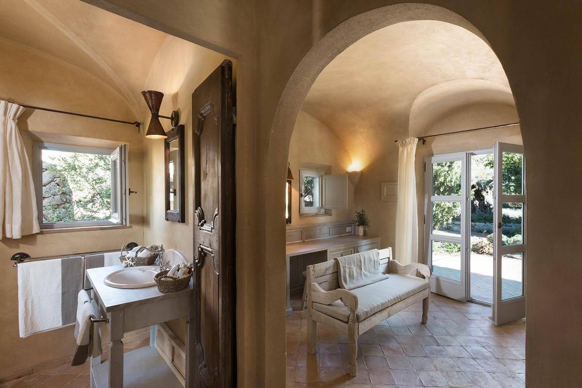 La Garibaldina luxury properties