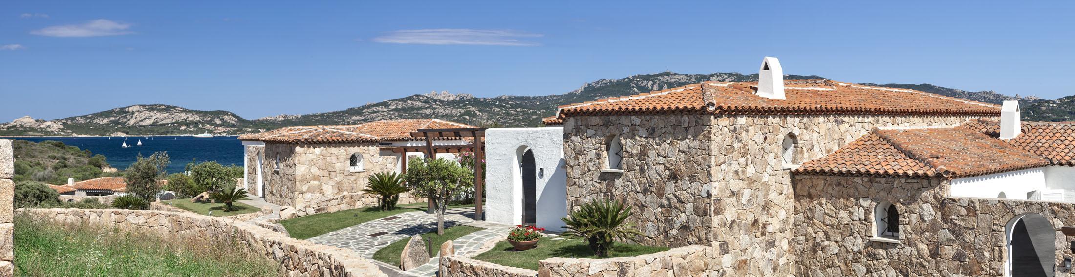 Beautiful Seafront Villa luxury homes