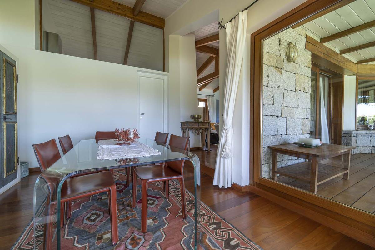Luxury real estate Villa Aldia