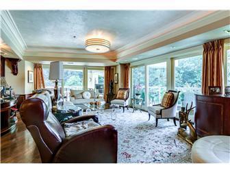 Luxury homes Peaceful Brandywine River Condo