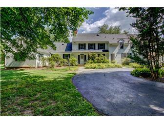 Luxury properties Chadds Ford colonial