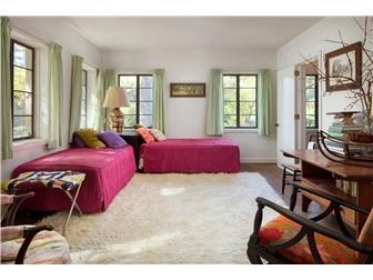 22 acres in Ashland Hollow luxury properties