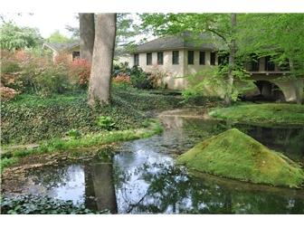 Luxury homes 22 acres in Ashland Hollow