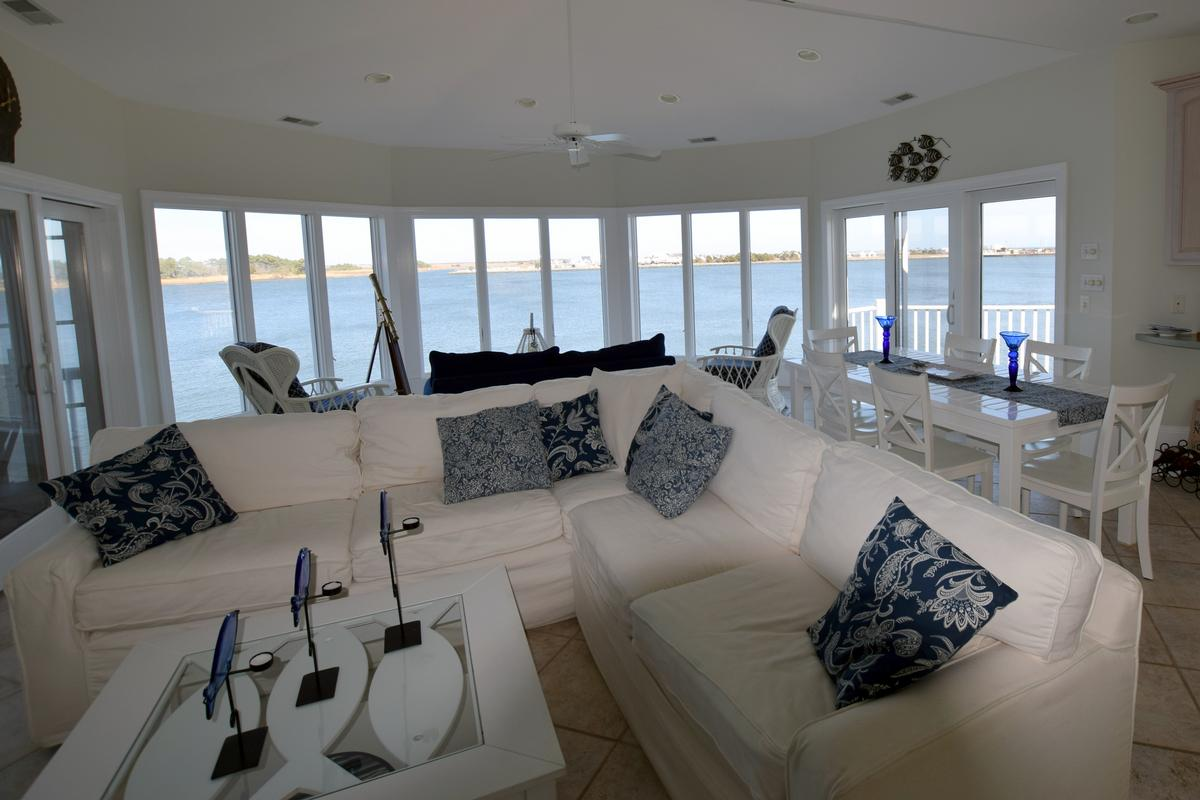 Luxury properties South Shores