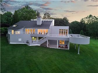 Exquisite contemporary in Greenville, Delaware luxury properties