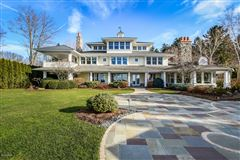 Mansions Magnificent lakefront estate with over 17,000 square feet