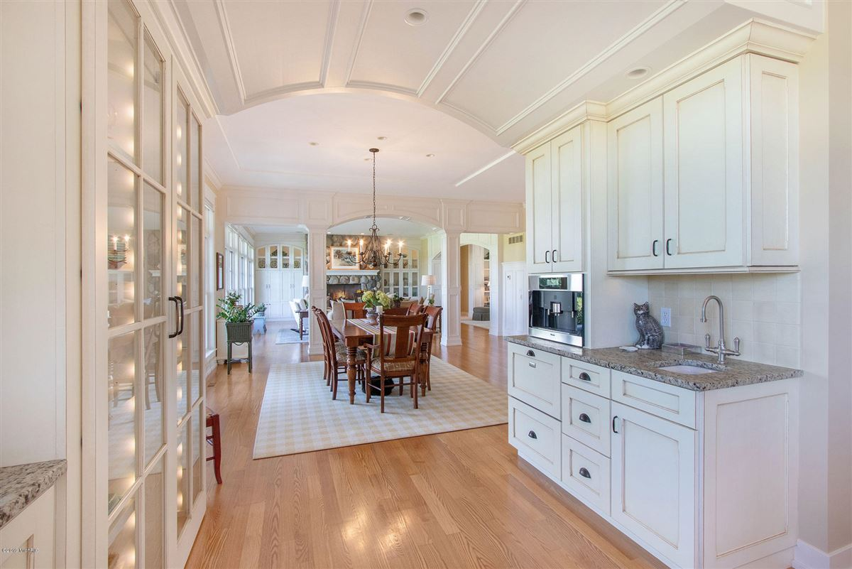 Luxury homes in Welcome to Honey Creek Farm