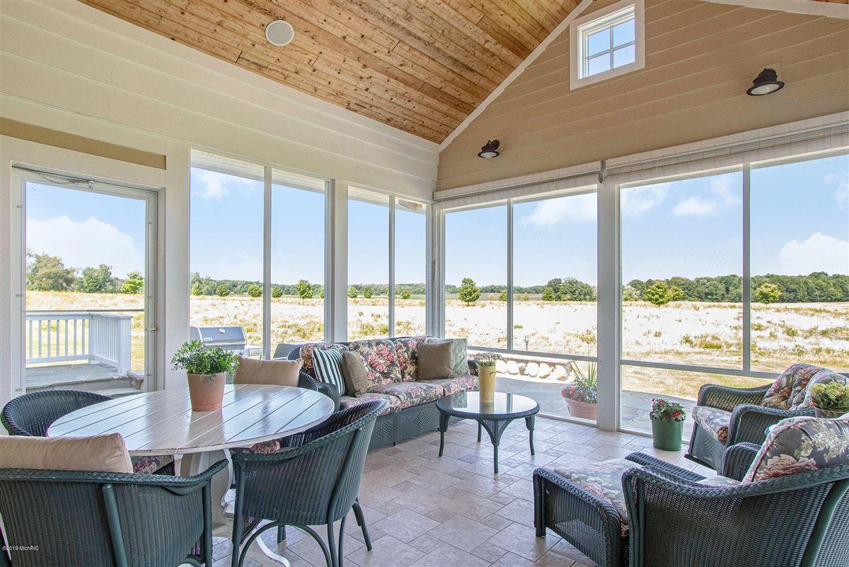 Welcome to Honey Creek Farm luxury properties