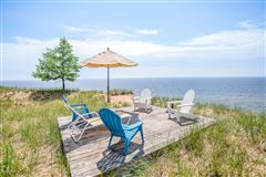 Luxury properties two charming adjacent Lake Michigan cottages