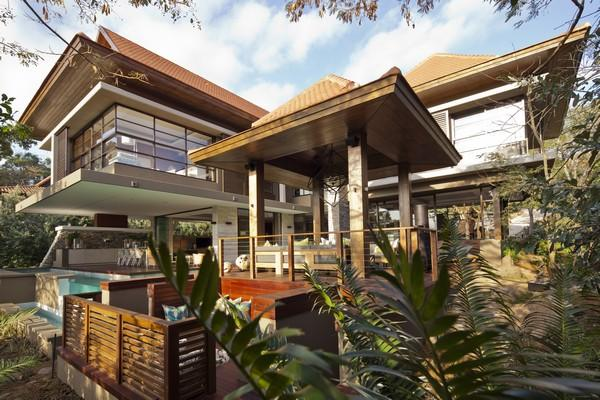 Top Billing Feature In Zimbali South Africa Luxury Homes Mansions For Sale Luxury Portfolio
