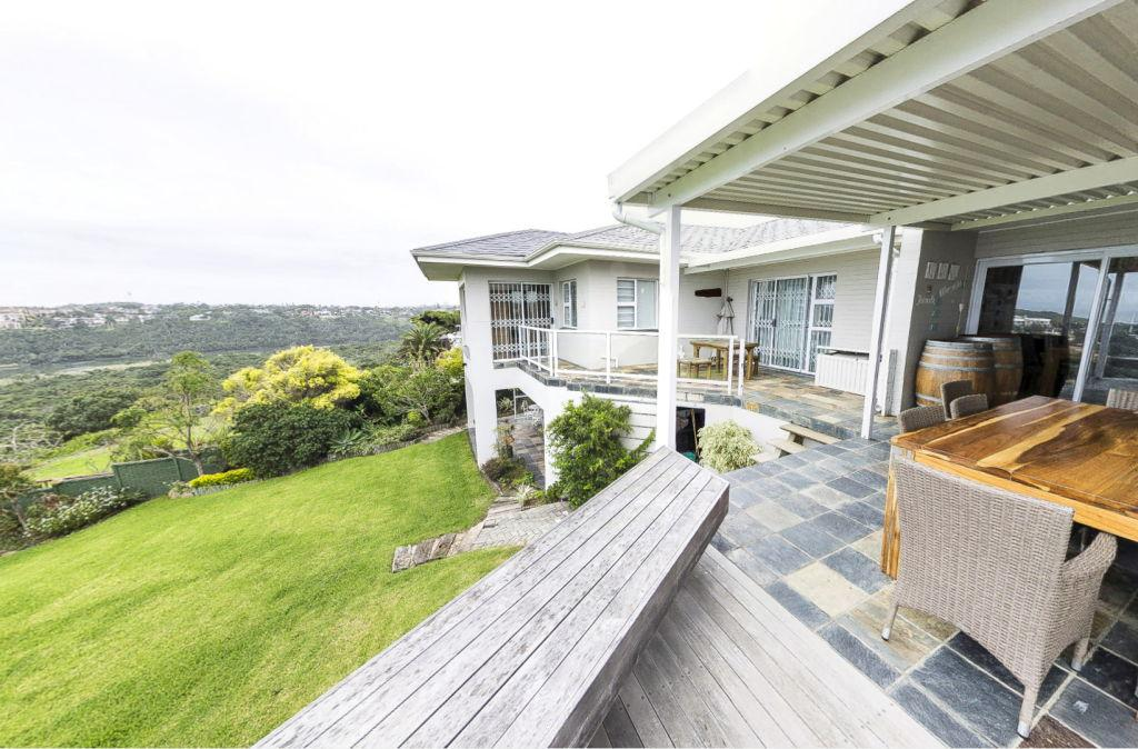 Riverfront Home For Sale in Beacon Bay mansions
