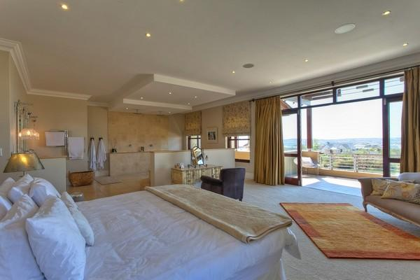 Luxury properties A dream house on Waterfall Equestrian Estate
