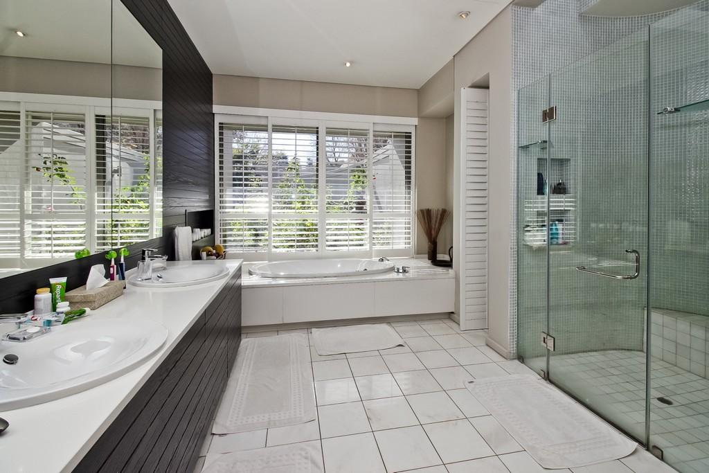 The Beauty of clean lines luxury properties