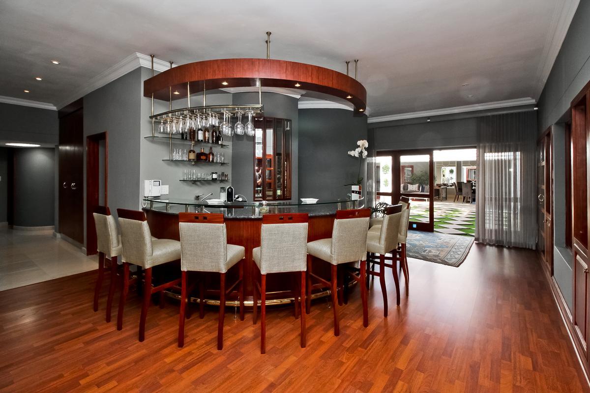 Luxury homes Palatial Decadence