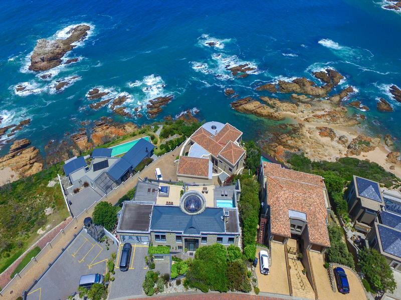 The ultimate masterpiece on The Heads luxury homes