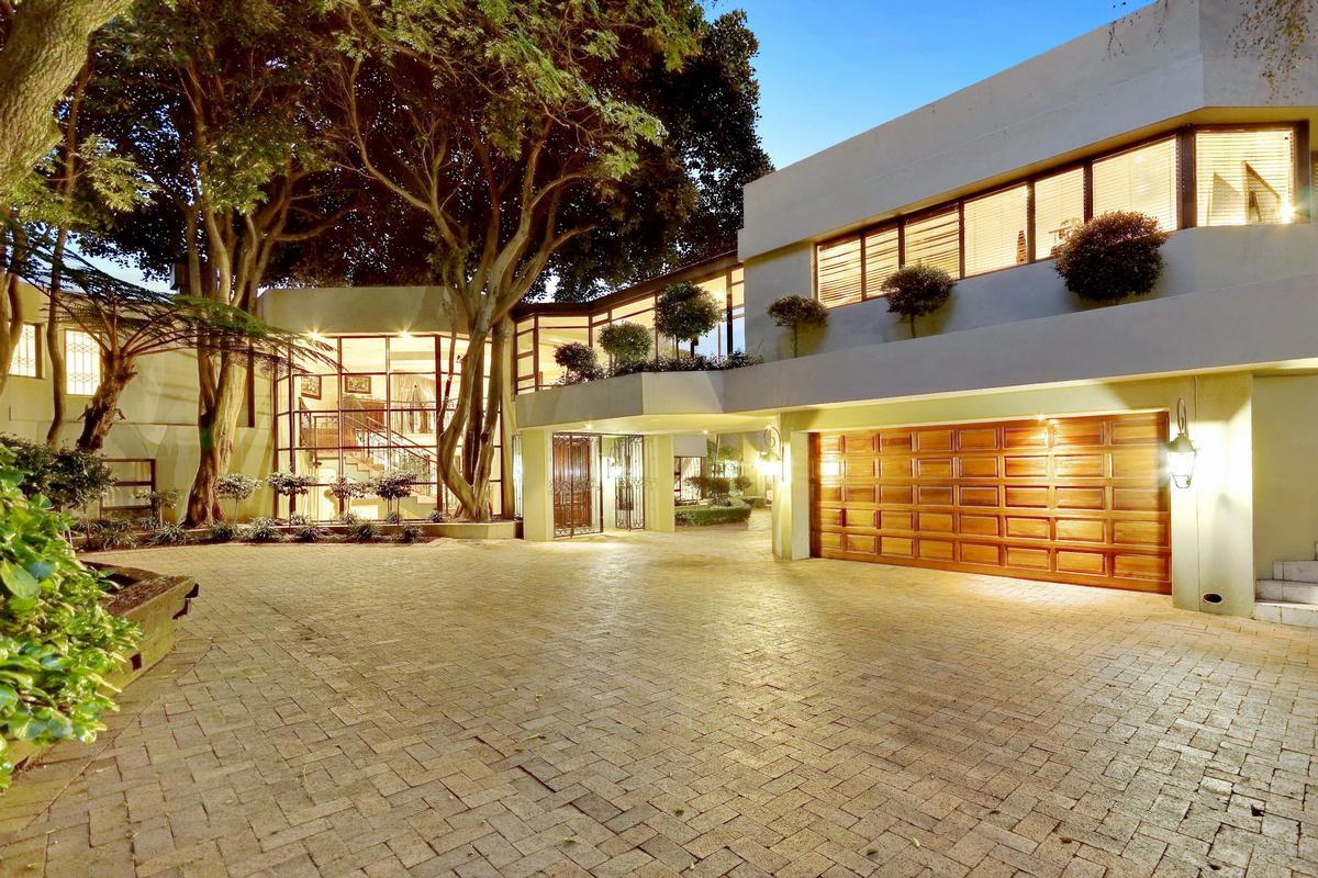 Luxury properties Inanda tranquility
