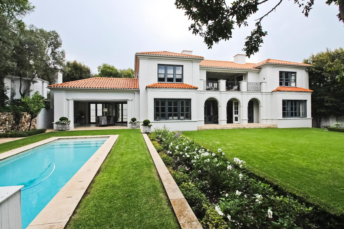 Contemporary Sophistication luxury real estate