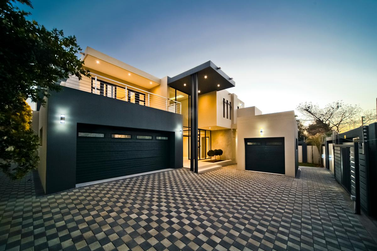 Luxury homes One of a kind - Brand new modern home
