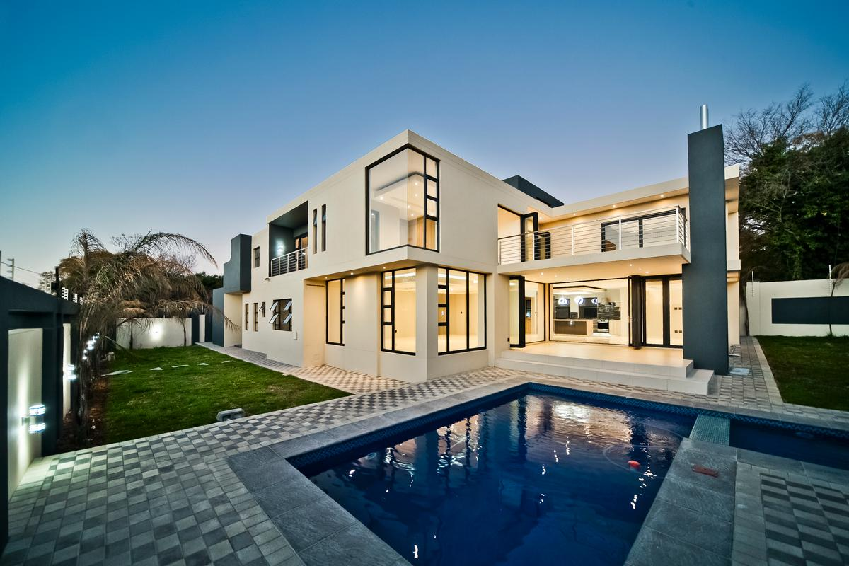 One of a kind - Brand new modern home luxury homes