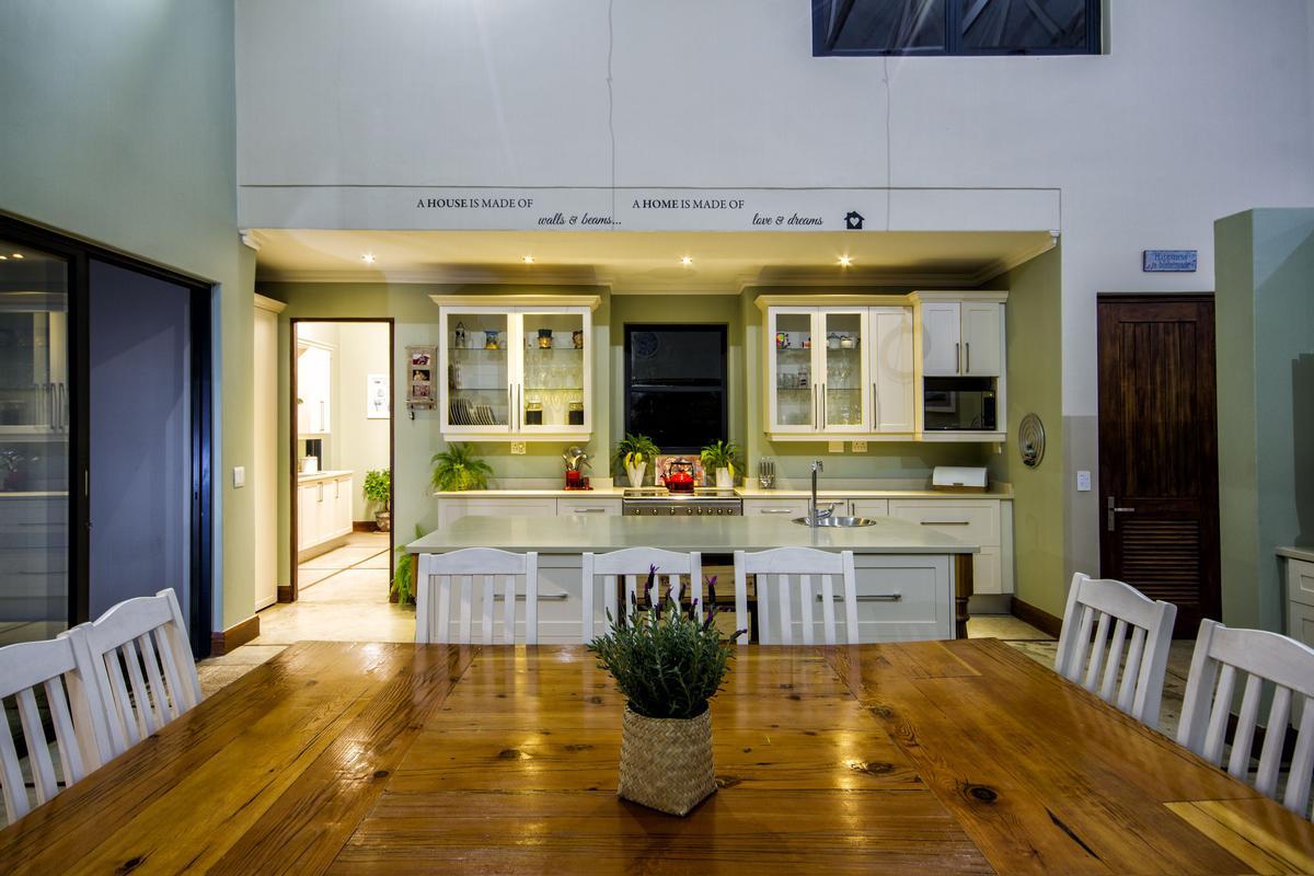 4 Bedroom house for sale in Muldersdrift mansions