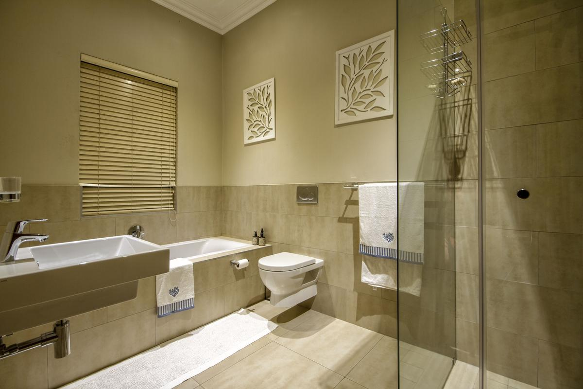 Luxury homes in 4 Bedroom house for sale in Muldersdrift