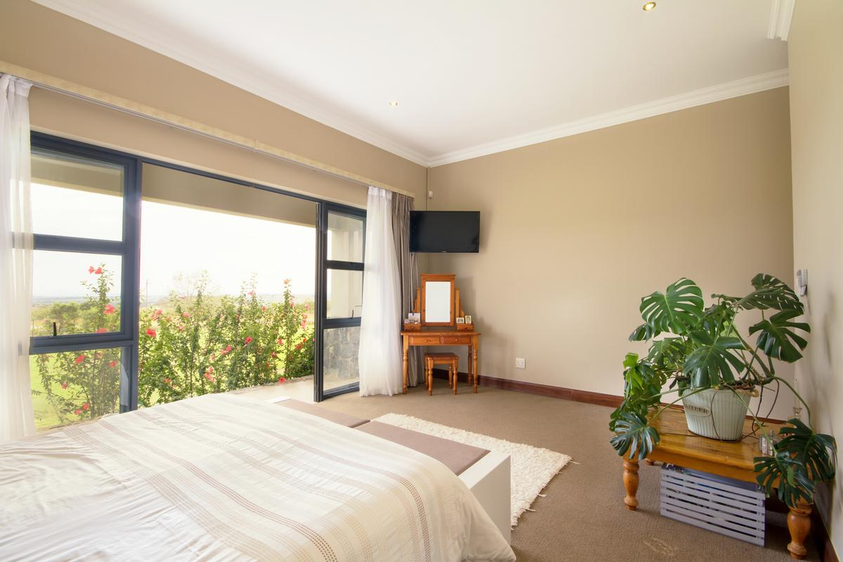 4 Bedroom house for sale in Muldersdrift luxury real estate