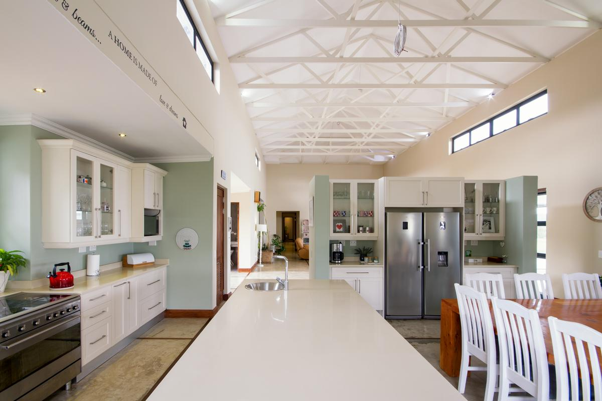 Luxury properties 4 Bedroom house for sale in Muldersdrift